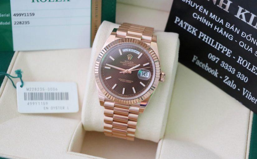 Đồng hồ rolex day date 6 số 228235 – vàng hồng 18k – mặt caro – size 40mm