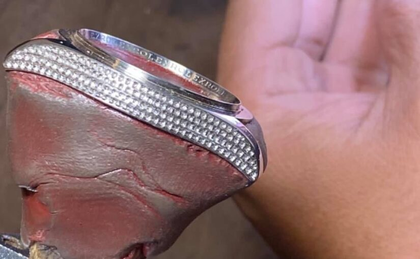 Nhận Độ Kim Cương cho Đồng hồ Rolex – Độ Kim Cương Hublot – Độ kim cương đồng hồ đeo tay